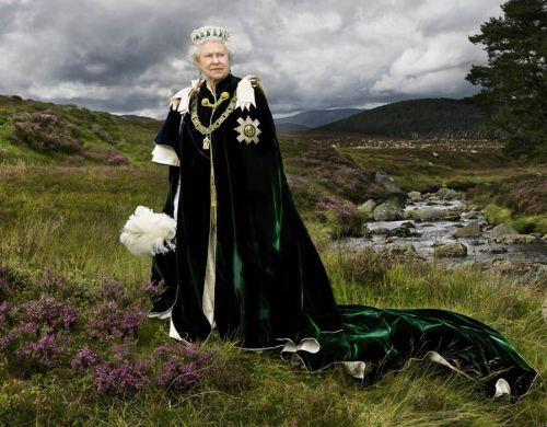 Elizabeth II Thistle order