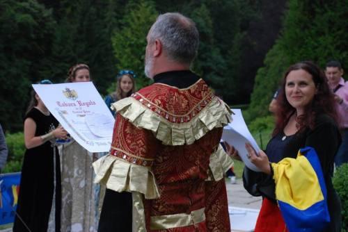 Atelierul de teatru a fost coordonat de Silviu Oltean, actor și regizor al companiei teatrale Passe-Partout Dan Puric.