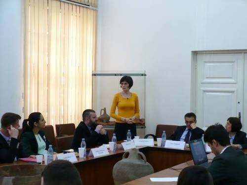 Dezbatere 25.05.2016 foto